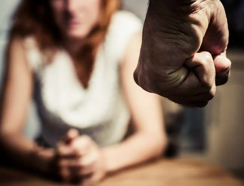 Violenza sulle donne: dalla relazione che distrugge, alle relazione che cura